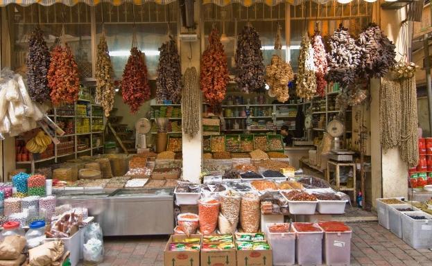 بالصور .. مدينة عربية تحتل المرتبة الاولى عالمياً بأفضل الأطعمة