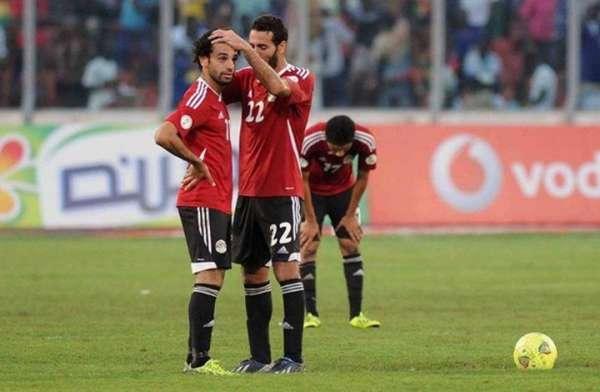 حوار كوميدي بين هنيدي وصلاح وأبوتريكة حول قرعة مصر بكأس العالم في روسيا
