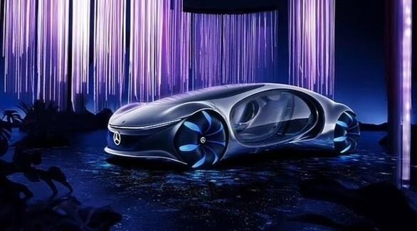 مرسيدس تكشف عن سيارة يتم التحكم بميزاتها بالأفكار