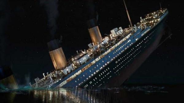 """بالفيديو والصور  ..  من أعماق المحيط  ..  صورة مذهلة لسفينة """"تيتانيك"""""""