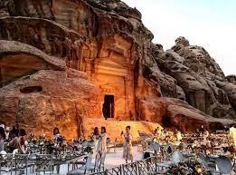 الحفاظ على فرص العمل أهم أولويات القطاع السياحي