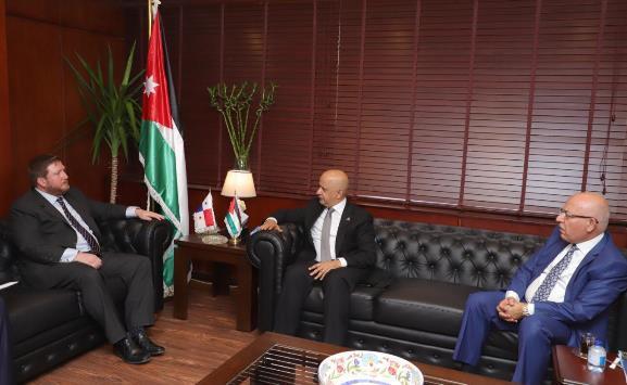 مساعٍ لزيادة التعاون الاقتصادي بين الأردن وبنما