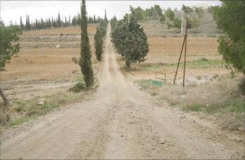 الطفيلة : مزارعون يسيرون 20 كيلو مترا للحصول على خدمات مركز الإرشاد