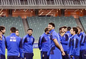 هولندا أمام اختبار مصيري ومهمة صعبة لإيطاليا في أذربيجان