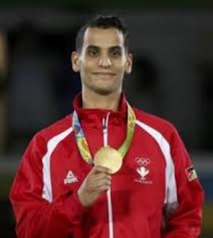كم تدفع دول العالم للفائزين بالميدالية الذهبية في الاولومبياد ؟