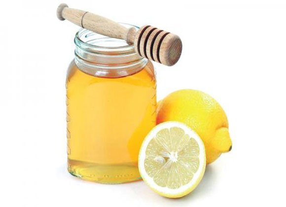 العسل والليمون أفضل علاج للسعال