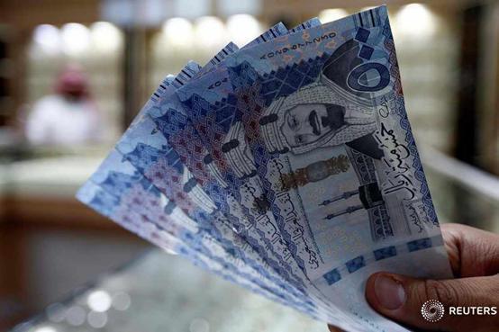 السعودية : لا نستبعد فرض ضريبة الدخل