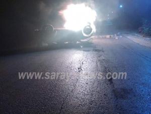 بالصور ..  اربد: تجدد أعمال العنف في بلدة ارحابا والمحتجون يغلقون الطريق بالاطارات المشتعلة ويحرقون مركبة