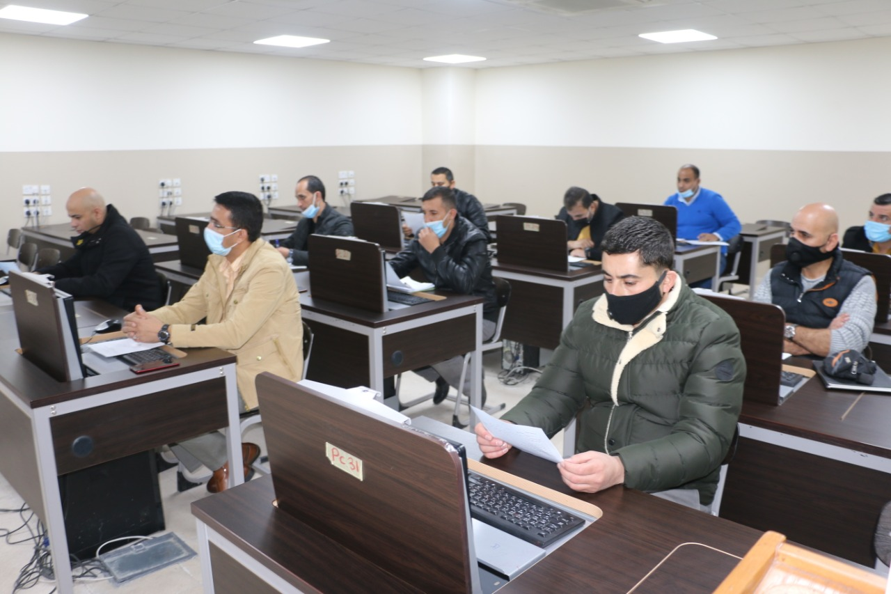 جامعة الشرق الأوسط تنفّذ دورات تدريبية لمركز الدراسات الإستراتيجية الأمنية في الأمن العام