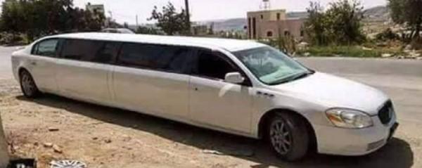 """استعان بالانترنت فقط ..  فلسطيني من الخليل يُحول سيارته العادية إلى """"ليموزين"""" بمواصفات عالية"""