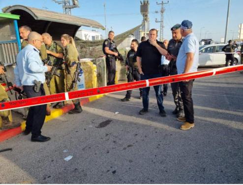 إصابة 3 جنود صهاينة بإطلاق نار في نابلس