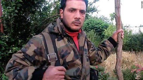 """بالفيديو  ..  """"آكل قلب"""" الجندي السوري يقول إنه مستعد للمحاكمة إذا حوكم الأسد"""