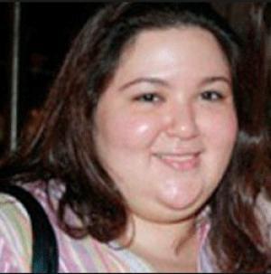 سارة نور الشريف تكشف تفاصيل سنوات انفصال والديها