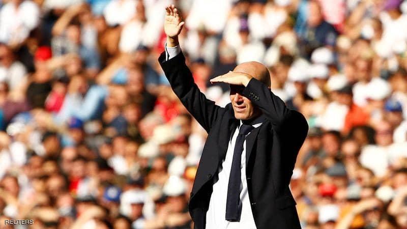 ريال مدريد يفاوض مدربه السابق ..  وزيدان في عين العاصفة