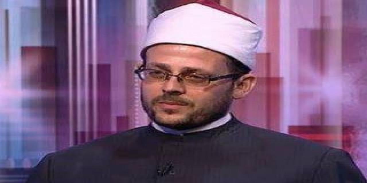 """بالفيديو ..  """"مسؤول إدارة المساجد بالأوقاف"""": الإنسانية وطن كل مؤمن"""