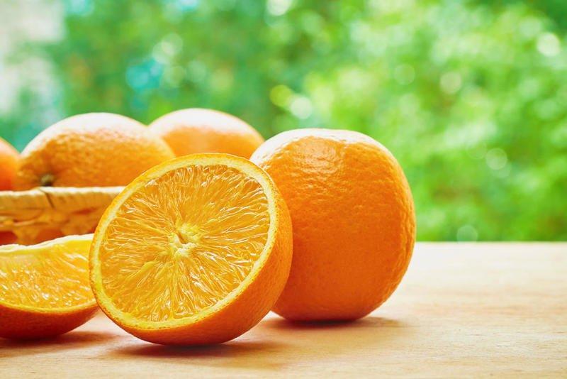 تناول الكمثرى والبرتقال بين الإفطار والسحور