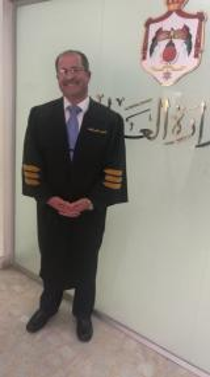 العميد المتقاعد المحامي فراس القضاة مبارك