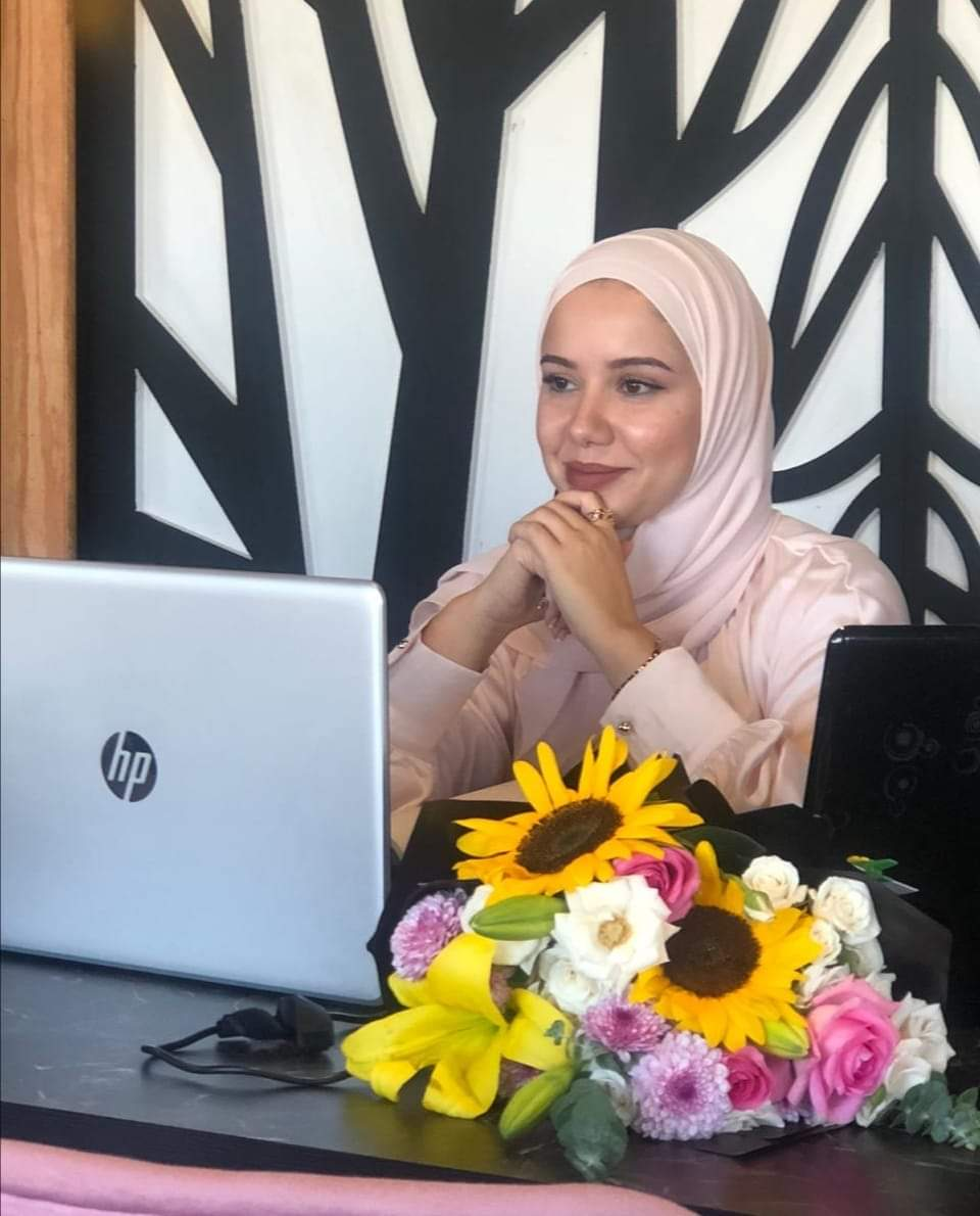 """ألف مبارك للزميلة عنود ارشيدات بمناسبة حصولها على """"الماجستير"""""""
