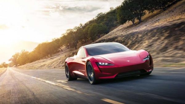 بالصور  ..  تعرف على أسرع طراز سيارات كهربائية على الأرض ..  بالتفاصيل