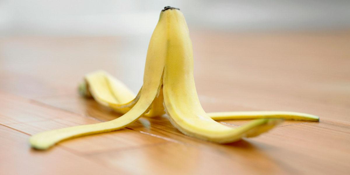 فوائد قشر الموز للبشرة و علاج الشعر التالف .. لن تصدق!