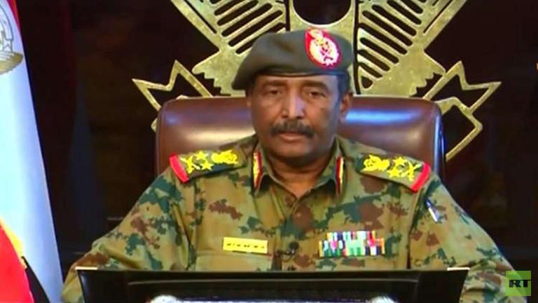 المجلس العسكري السوداني يعفي مسؤولين كبار