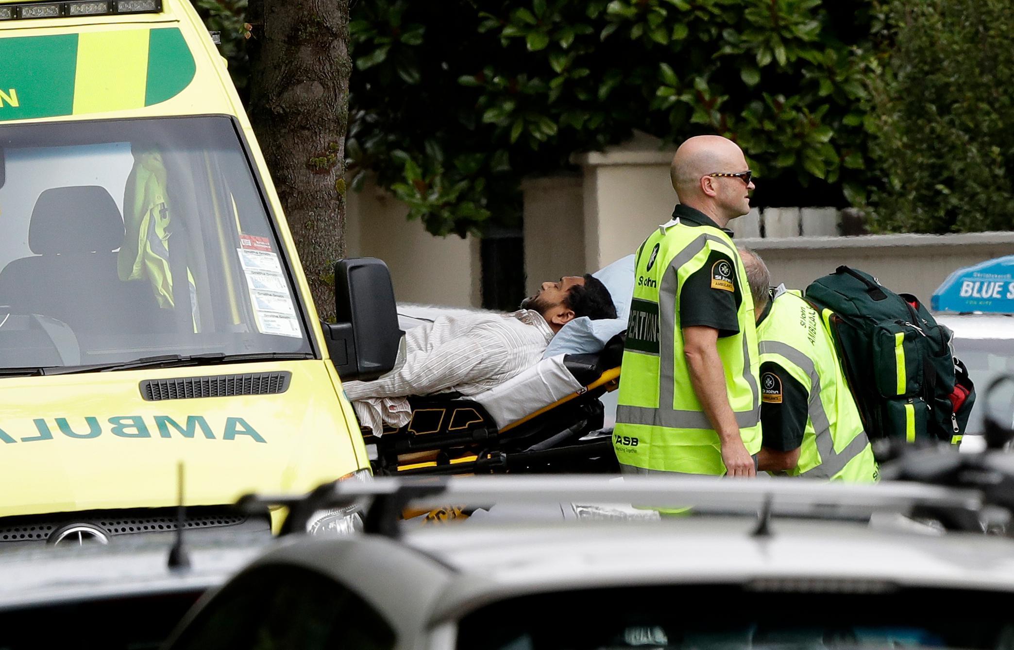 بالصور ..   مقتل 40 شخصا في إطلاق نار بمسجدين في نيوزيلاندا