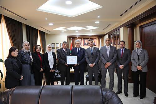 صيدلة الزيتونة الاردنية تحصل على شهادة الاعتماد الدولي للتعليم الصيدلاني (ACPE)