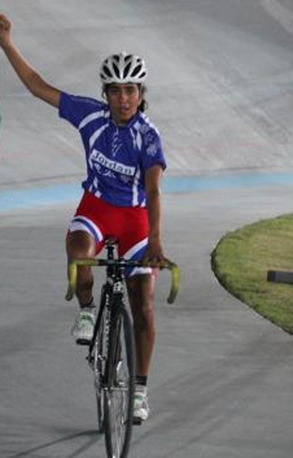 منتخب الدراجات النسوي ثاني البطولة العربية للمضمار