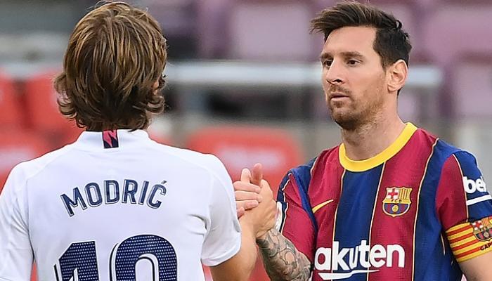 كومان يعلن قائمة برشلونة لمواجهة ريال مدريد في الكلاسيكو