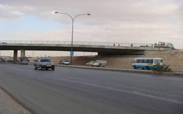 الأشغال: انهاء جزء من أعمال الباص السريع بين عمان والزرقاء