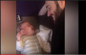 """بالفيديو  :طفل عمره 3 أشهر ينطق كلمة """"مرحبا """""""