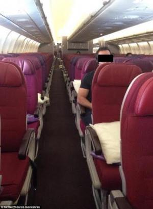 شاهد.. طائرات الخطوط الماليزية خالية من الركاب بعد كارثتين جويتين