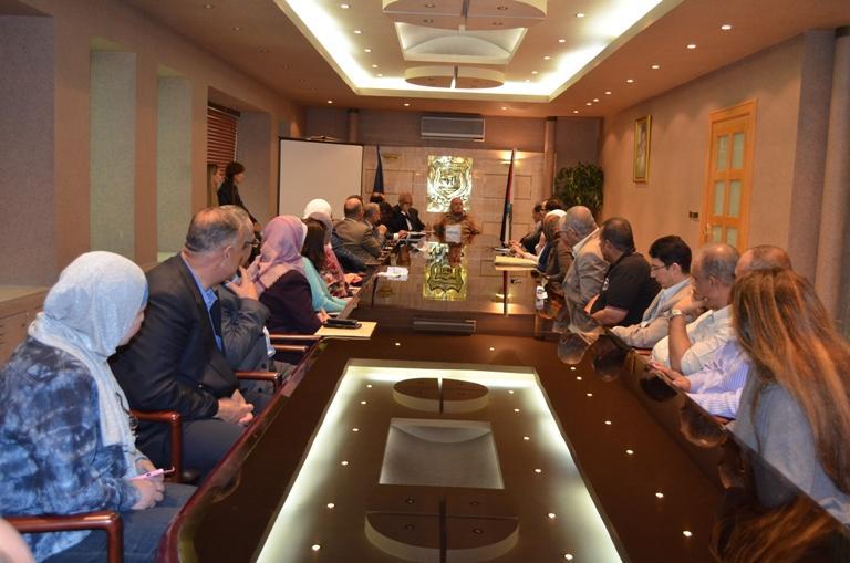 رئيس هيئة مديري جامعة عمان الأهلية يلتقي أعضاء الهيئتين الإدارية والتدريسية
