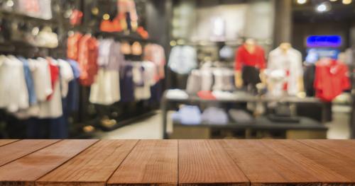قطاع الألبسة: طلب محدود على شراء الملابس والاحذية مع قرب العيد