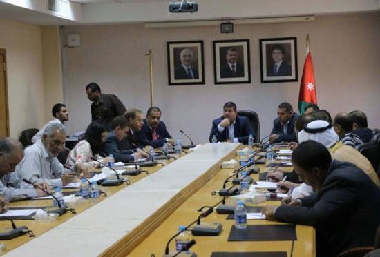 لجنة فلسطين النيابية تناقش اليات عمل اللجنة