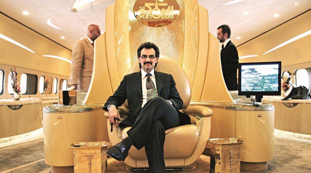 وكالات : الوليد بن طلال يقترض ثلاثة مليارات دولار  ..  تفاصيل