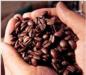 """""""الجمارك"""" تحبط تهريب 21 طنا من القهوة"""