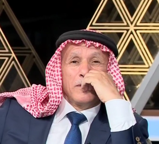 بالفيديو  ..  النائب العرموطي يبكي اثناء مقابلة تلفزيونية
