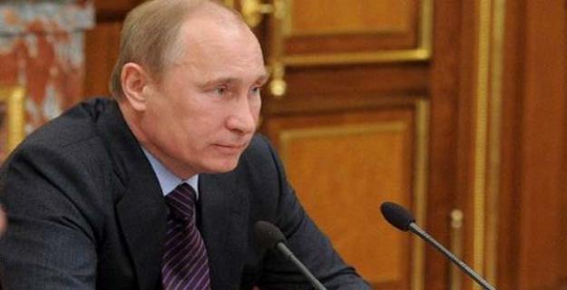 بوتين: يستحيل حل الأزمة السورية «بدون زجاجة فودكا»