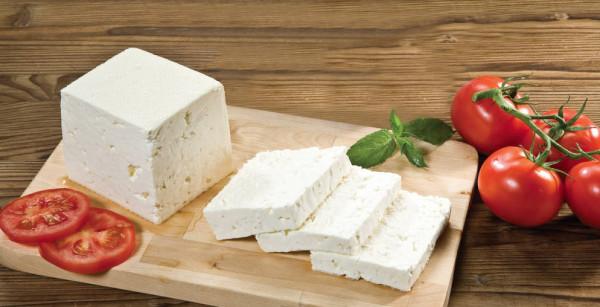 تناول الجبنة يومياً على مائدة السحور لهذه الأسباب