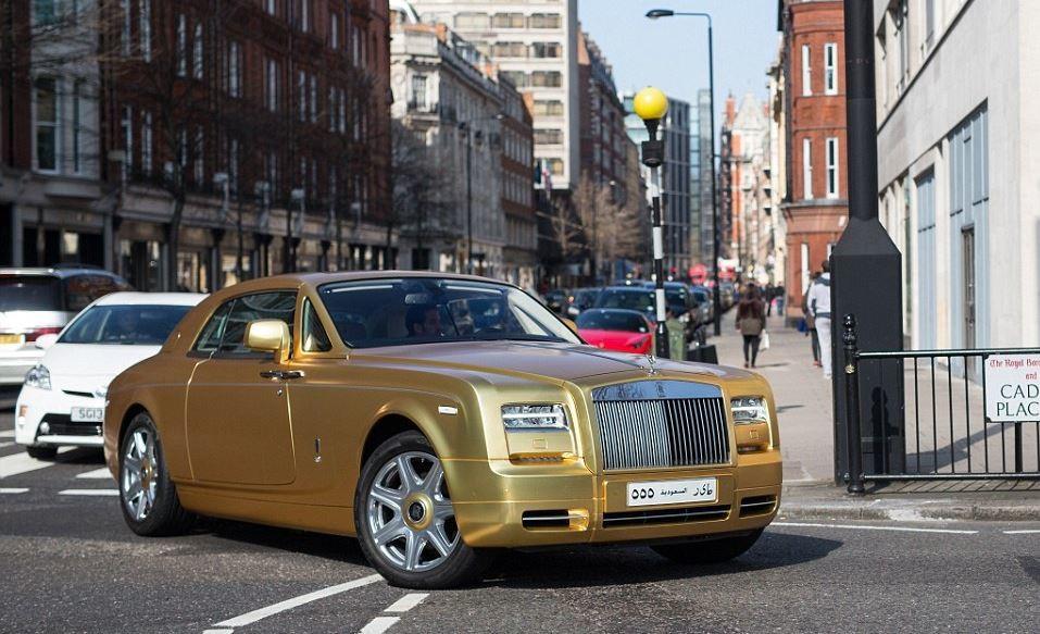 ملياردير سعودي يذهل لندن بأسطول image.php?token=d5592dac321821f358dddb92a0313f5b&size=