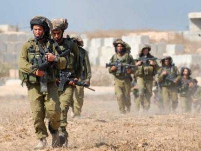 القوات الإسرائيلية تحفر خنادق داخل الأراضي السورية