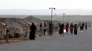 السماح للاجئين السوريين في المخيمات بالعمل خارجها