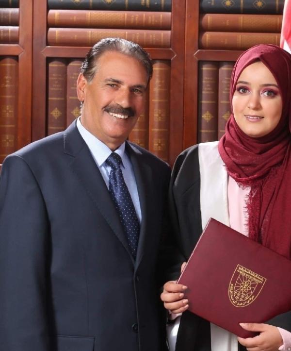 المهندسة فرح المناصير  ..  مبارك التخرج