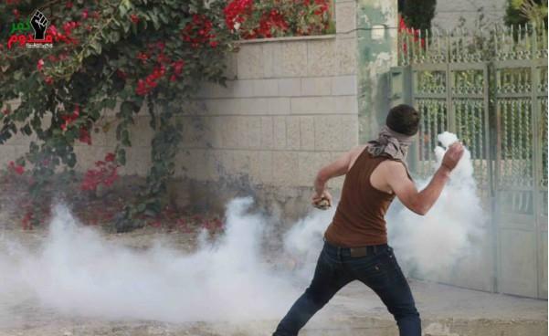 بالصور  ..  اعتقال شابين واصابة جندي اسرائيلي بمواجهات عنيفة بالنبي صالح