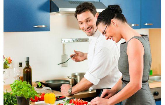 أغذية تؤثر على العلاقة الحميمية.. تجنبيها!