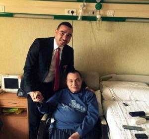 تعرف على  أمنية حسني مبارك بعد قضاءه 1000 يوم في المستشفى؟