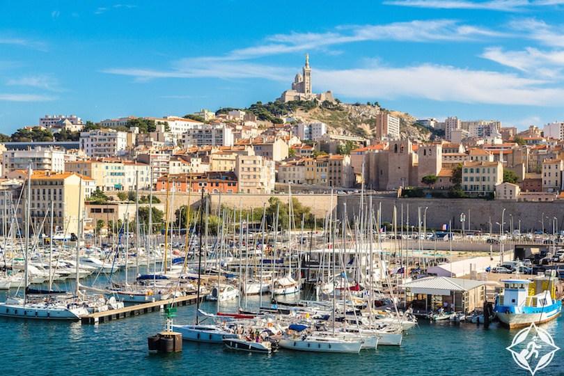 4 مدن فرنسية ضمن 30 مدينة لا ترحب بالزوار
