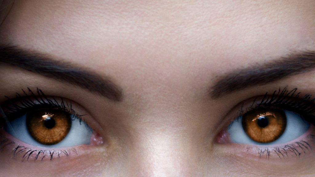 تفسير مشاهدة العيون العسلية في المنام
