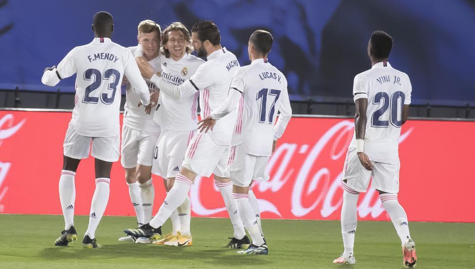 المواجهات المباشرة تمنح الليغا لريال مدريد